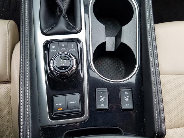 2017 Nissan Maxima SV 23