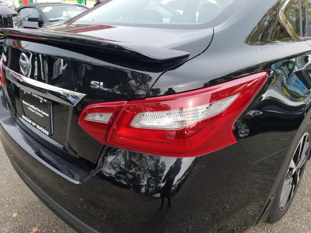 2018 Nissan Altima 2.5 SL 9
