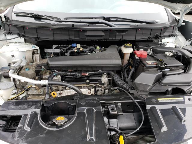 2017 Nissan Rogue AWD S 8