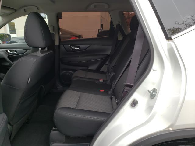 2017 Nissan Rogue AWD S 10