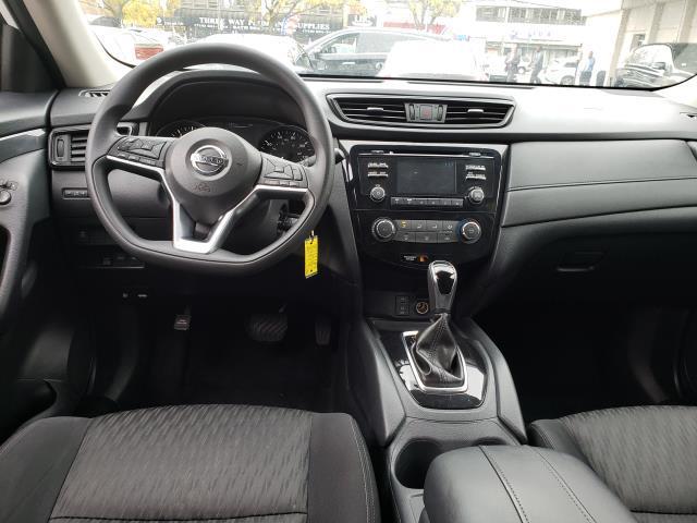 2017 Nissan Rogue AWD S 11