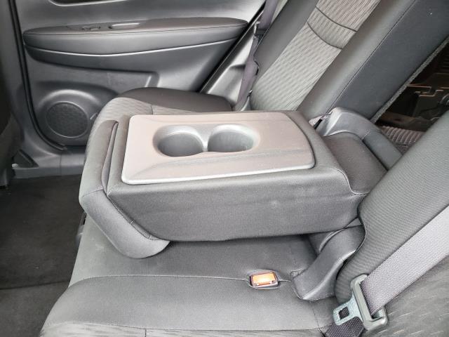 2017 Nissan Rogue AWD S 13