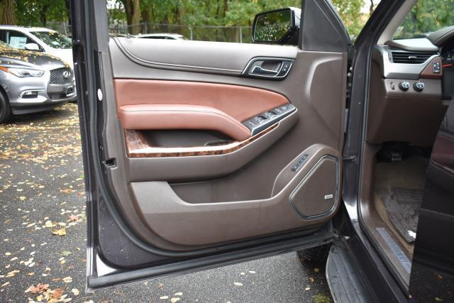 2017 Chevrolet Tahoe Premier 17
