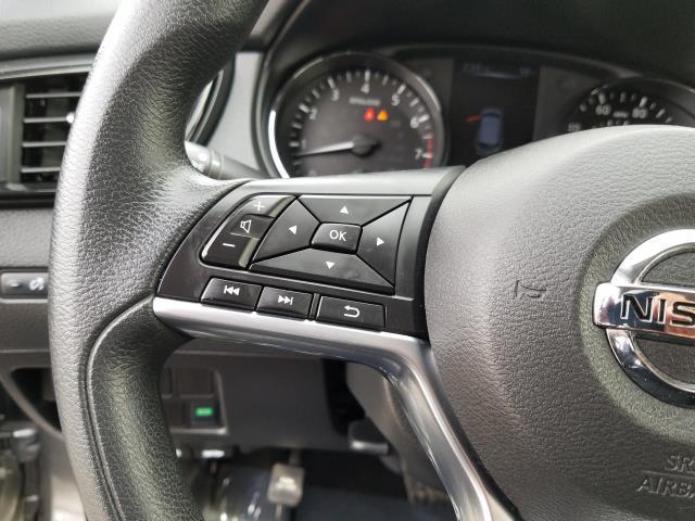 2018 Nissan Rogue Sport S 19