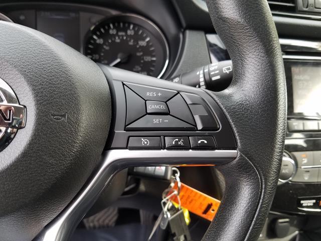 2018 Nissan Rogue Sport S 20