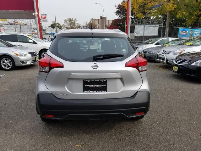 2019 Nissan Kicks S FWD 6