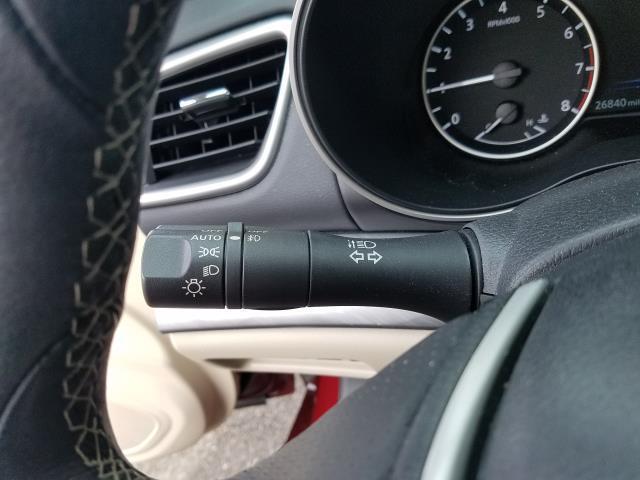 2017 Nissan Maxima S 21