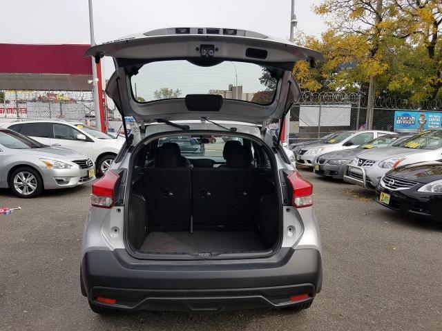 2019 Nissan Kicks S 5