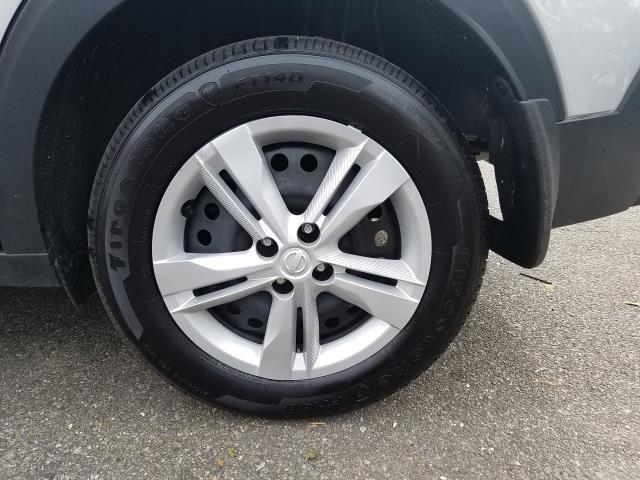2019 Nissan Kicks S 10