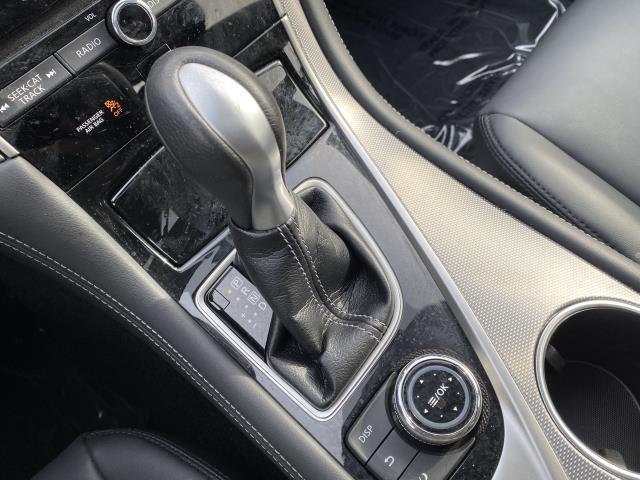 2016 INFINITI Q50 4dr Sdn 3.0t Premium RWD 19