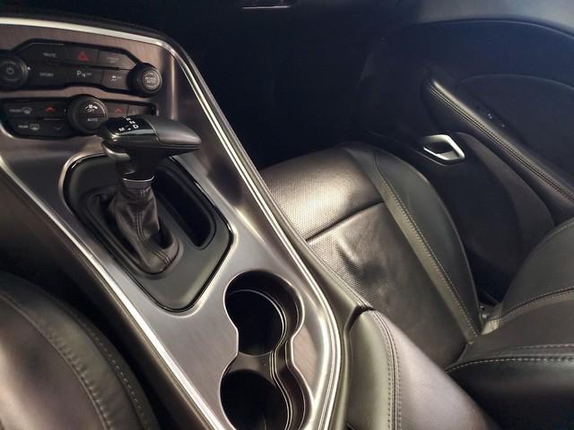 2017 Dodge Challenger SXT Plus 27