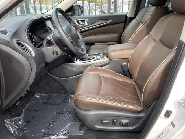 2017 INFINITI QX60 AWD 9