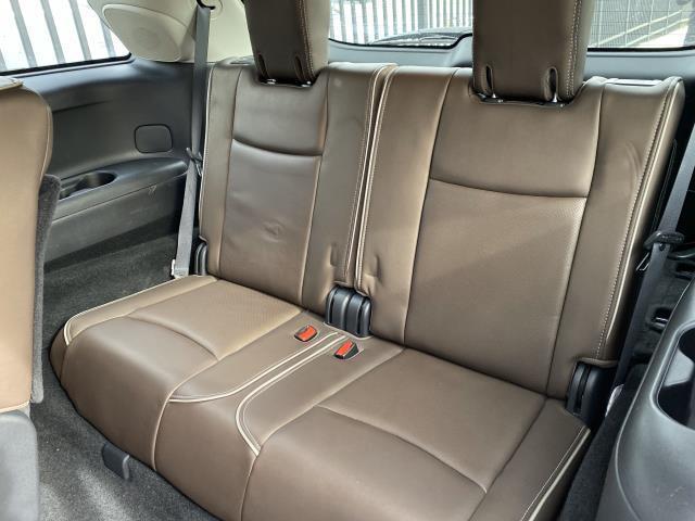2017 INFINITI QX60 AWD 11