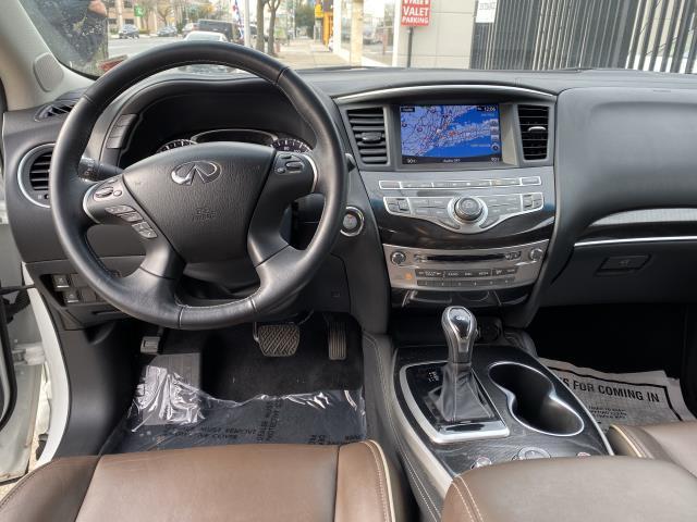 2017 INFINITI QX60 AWD 12