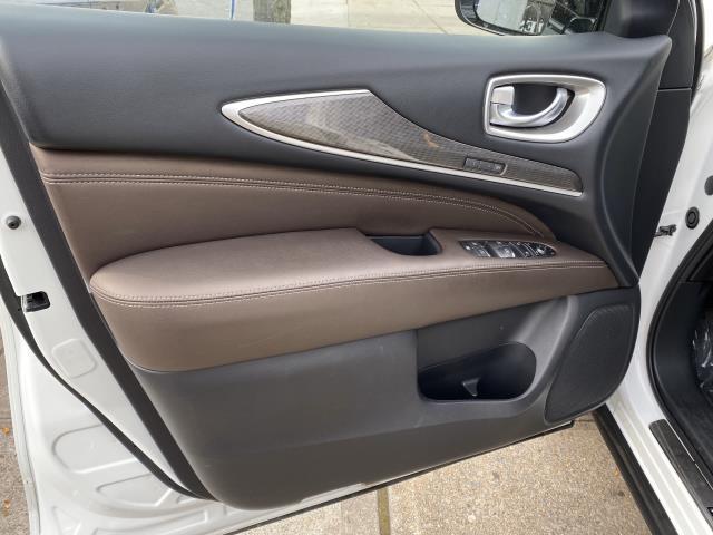 2017 INFINITI QX60 AWD 14