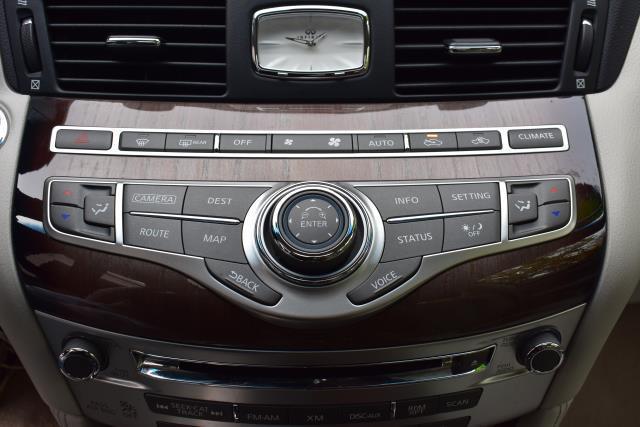 2016 INFINITI Q70L 4dr Sdn V6 AWD 22