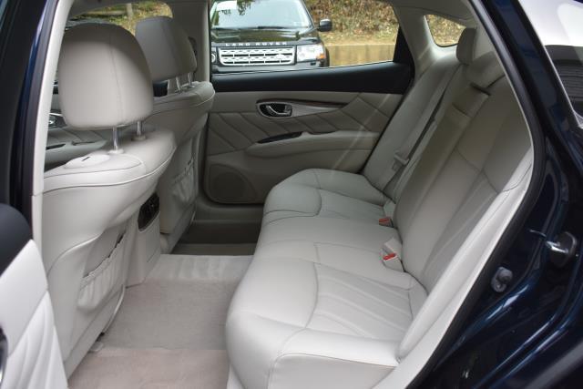 2016 INFINITI Q70L 4dr Sdn V6 AWD 14
