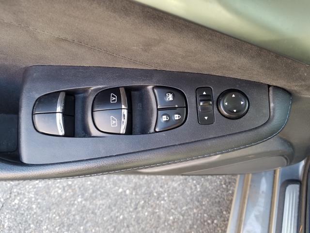 2016 Nissan Maxima 3.5 SR 15