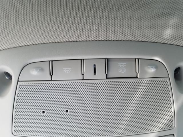 2019 Nissan Rogue S 26