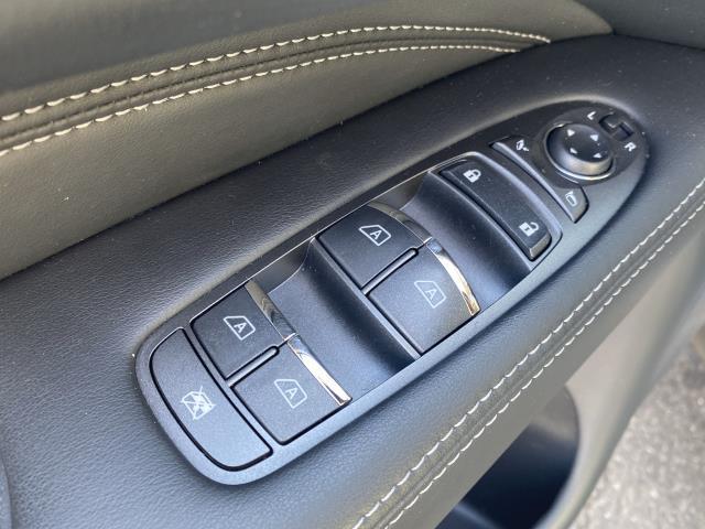 2019 INFINITI QX60 LUXE AWD 14