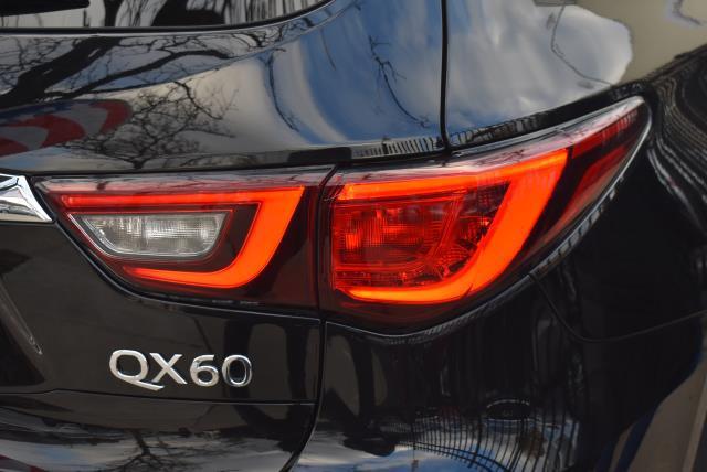 2019 INFINITI QX60 LUXE AWD 8