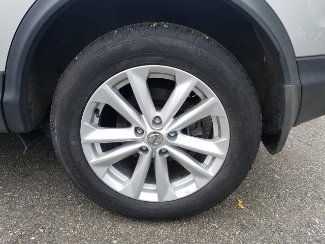 2018 Nissan Rogue Sport AWD SV 10