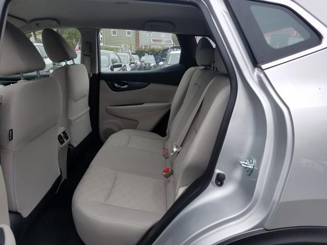 2018 Nissan Rogue Sport AWD SV 12