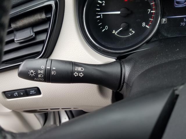 2018 Nissan Rogue Sport AWD SV 22