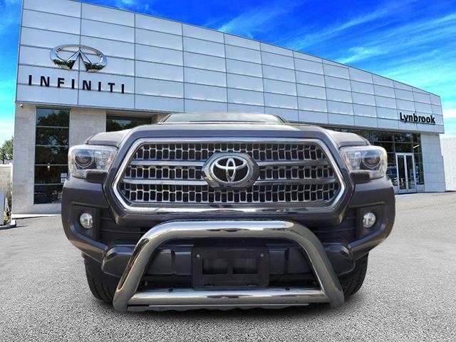 2017 Toyota Tacoma TRD Sport 0