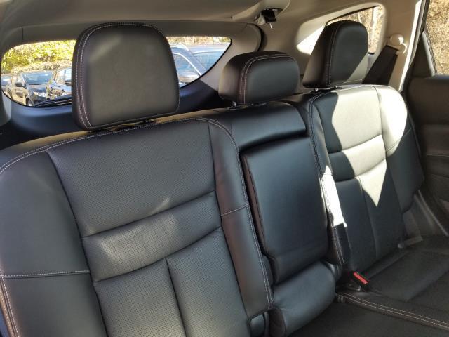 2016 Nissan Murano SL 16
