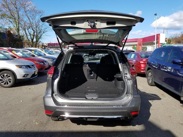 2019 Nissan Rogue AWD S 4