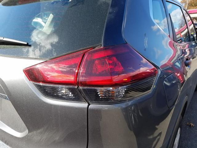 2019 Nissan Rogue AWD S 8
