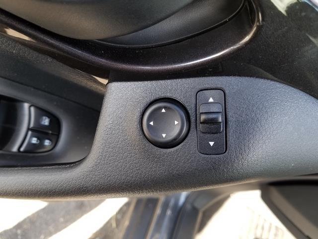 2019 Nissan Rogue AWD S 15