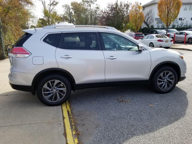 2016 Nissan Rogue AWD 4dr SL 5