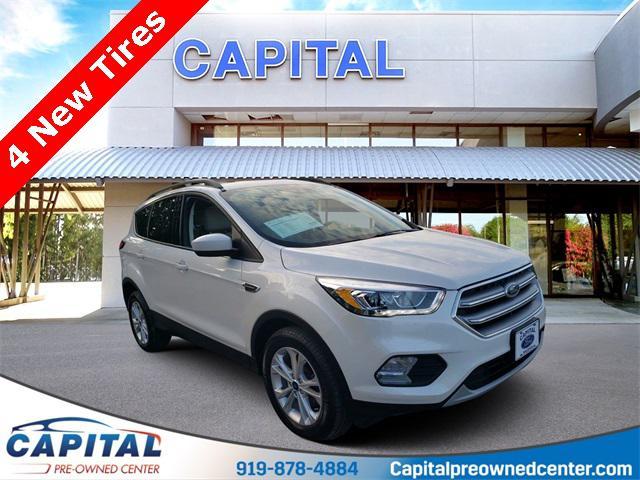 White Platinum Metallic Tri-Coat 2017 Ford Escape SE 4D Sport Utility Raleigh NC