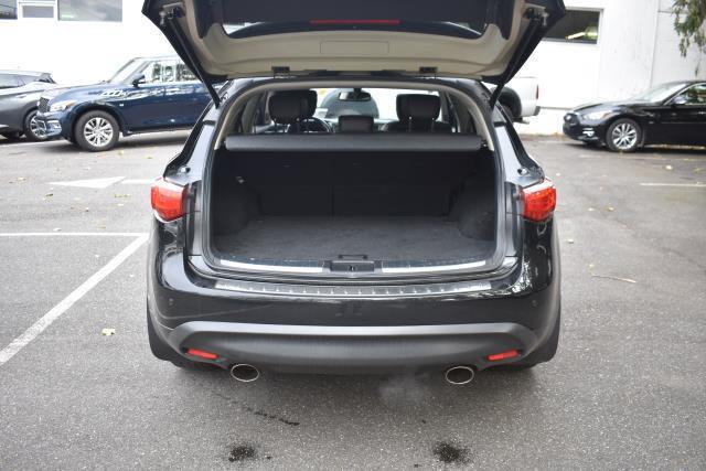 2012 INFINITI Fx35 AWD 4dr 8