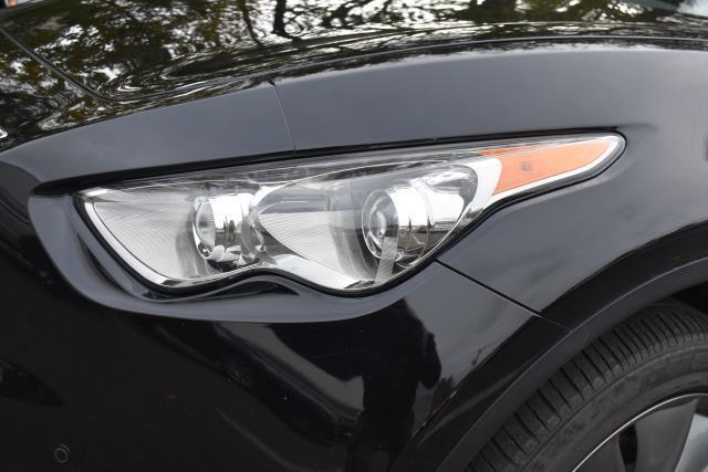 2012 INFINITI Fx35 AWD 4dr 10
