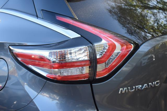 2017 Nissan Murano AWD SL 11