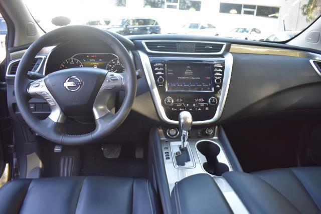 2017 Nissan Murano AWD SL 16