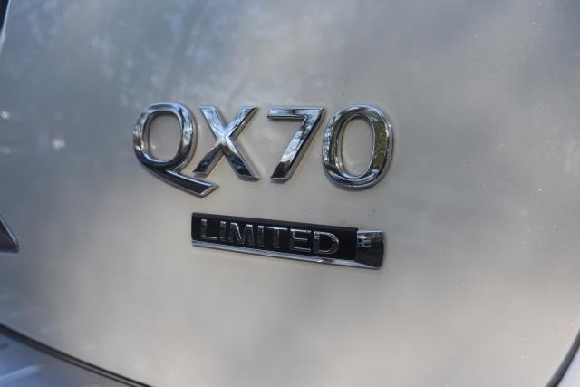 2017 INFINITI QX70 AWD 11
