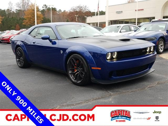 2018 Dodge Challenger SRT HELLCAT WIDEBODY 2dr Car Slide 0