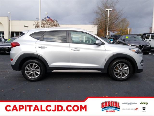 2018 Hyundai Tucson SEL SUV Slide 0
