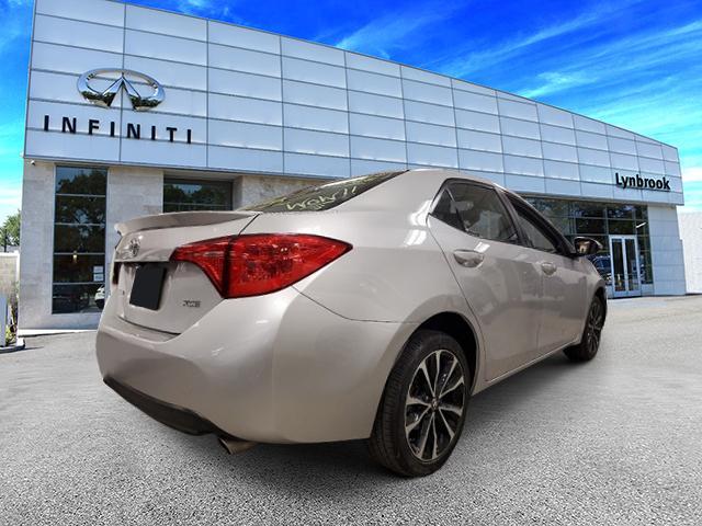 2017 Toyota Corolla XSE 3