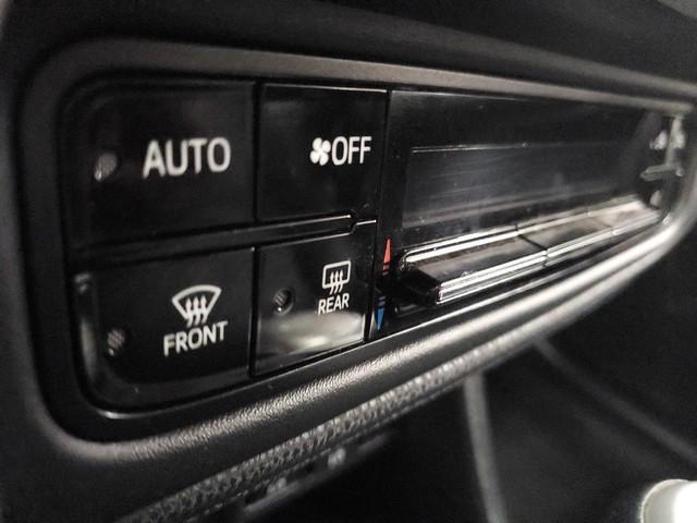 2017 Toyota Corolla XSE 24