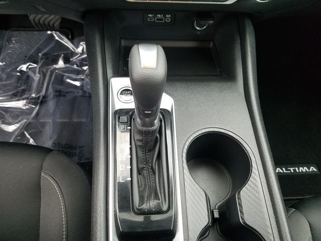 2019 Nissan Altima 2.5 S 23