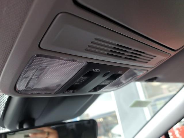 2019 Honda Odyssey EX-L 26