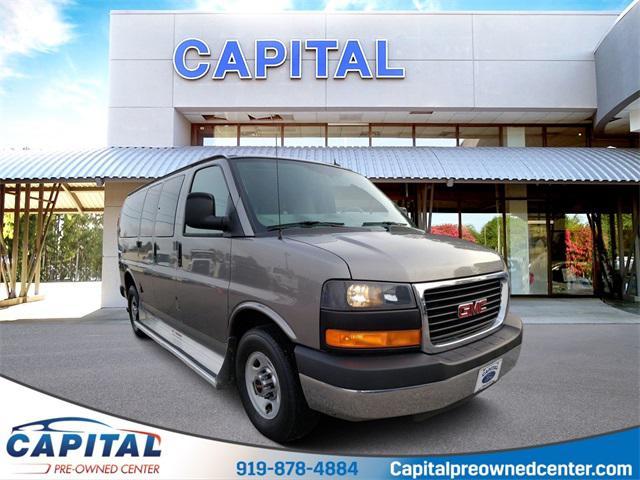 2012 GMC Savana 2500 LT Passenger Van Slide 0