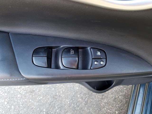 2016 Nissan Sentra 4dr Sdn I4 CVT SL 15