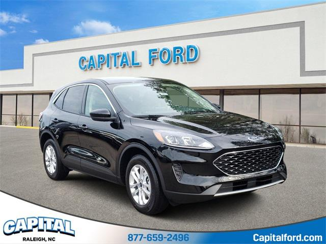 Black Metallic 2020 Ford Escape SE 4D Sport Utility Raleigh NC