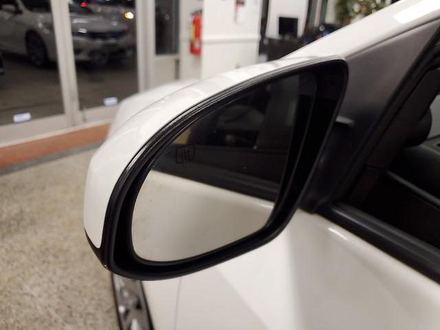 2017 Toyota Corolla L 10